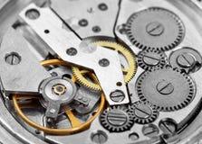 Composizione nella priorità bassa dell'orologio mechanism Immagine Stock