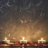 Composizione-pietre della stazione termale, candele, aromaterapia, fiori asciutti Fotografia Stock Libera da Diritti