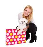 Compra com meu filhote de cachorro Fotografia de Stock