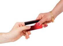 Compra del consumerismo y el pagar con de la tarjeta de crédito Fotos de archivo