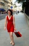 Compra em uma rua de Paris Imagem de Stock Royalty Free