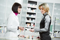 Compra médica de la droga de la farmacia Imagenes de archivo