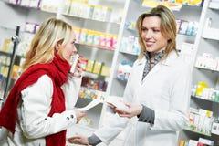 Compra médica de la droga de la farmacia Imagen de archivo libre de regalías