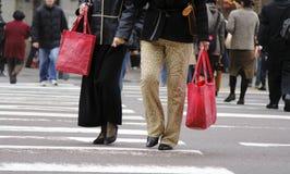 Compradores urbanos Imagenes de archivo
