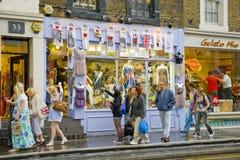 Compras de la ciudad de Londres Imagen de archivo libre de regalías