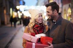Compras de la Navidad, idea para su diseño imágenes de archivo libres de regalías