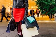 Compras de la Navidad, idea para su diseño El hacer compras CH Imágenes de archivo libres de regalías