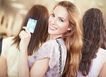 Compras de la tarjeta de crédito fotografía de archivo libre de regalías