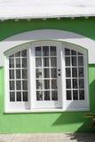 Compras de la ventana en Bermudas 1 Imágenes de archivo libres de regalías