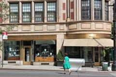 Compras de Madison Avenue Imagenes de archivo