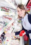 Compras de tienda de comestibles   foto de archivo libre de regalías