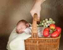 Compras del bebé Foto de archivo libre de regalías