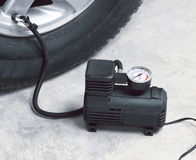 Compressor de ar do carro Imagens de Stock