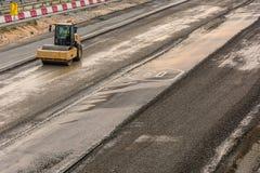 Compressor a vapor que faz o trabalho de construção de estradas na Espanha fotografia de stock royalty free
