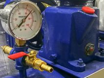 Compressore, pezzo meccanico, valvola a macchina, metallo, acque luride immagini stock