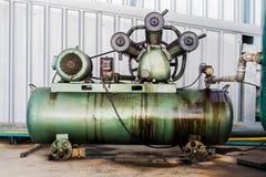 3 Compressoren van de cilinder de Vergeldende Lucht op Industrie Royalty-vrije Stock Afbeelding