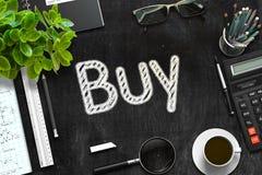 Compri il concetto sulla lavagna nera rappresentazione 3d Immagini Stock