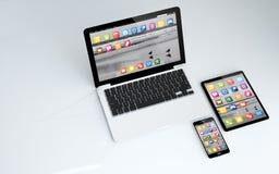 comprimé, ordinateur portable et smartphone Photographie stock