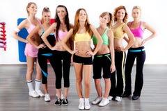 Comprimento cheio de mulheres do ajuste Fotografia de Stock Royalty Free