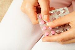Comprimido contraceptivo Imagens de Stock