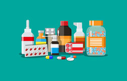 Comprimidos e garrafas médicos diferentes Fotografia de Stock Royalty Free