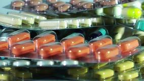Comprimidos e tabuletas médicos com drogas filme