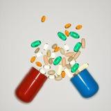 Comprimidos e vitaminas. Imagem de Stock