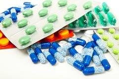 Comprimidos em blocos e em volume da saúde Fotos de Stock Royalty Free