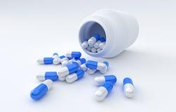 Comprimidos que derramam fora da garrafa de comprimido isolada no branco Foto de Stock