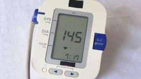 Comprobación de presión arterial metrajes