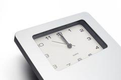 Compte à rebours par la montre d'isolement sur le fond blanc Photo stock