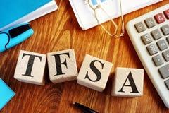 Compte d'épargne d'épargnes exempt d'impôt - TFSA des cubes photographie stock libre de droits