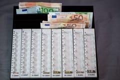 Compte d'argent, sorte, assortissant le dispositif photographie stock