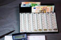 Compte d'argent, sorte, assortissant le dispositif image libre de droits
