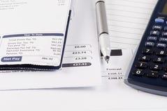 Compte des factures image libre de droits