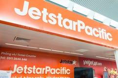 Compteur de ligne aérienne à l'aéroport international de Danang Photos stock
