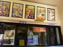 Compteur et cartes de commande de Taco Bell Photo stock