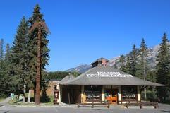 Comptoir commercial indien dans la ville de Banff image libre de droits