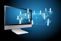 computadora de escritorio en las redes de ordenadores globales. Imagenes de archivo