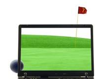Computadora portátil aislada con verde que pone en fondo Foto de archivo libre de regalías