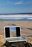 Computadora portátil al aire libre Imágenes de archivo libres de regalías