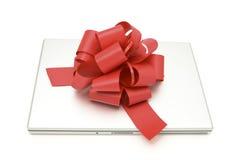 Computadora portátil del regalo Foto de archivo libre de regalías