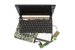 Computadora portátil desensamblada en piezas Fotografía de archivo