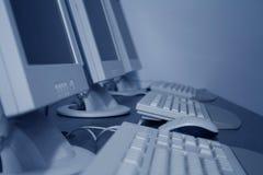 Computadores de sala de aula Imagens de Stock Royalty Free
