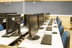 Computadores de sala de aula Foto de Stock