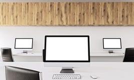 Computadores no escritório Imagem de Stock Royalty Free