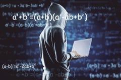 Computando, concepto de la programación y del algoritmo imagenes de archivo
