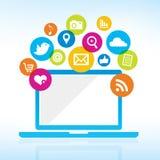Computer con le icone di media Immagini Stock Libere da Diritti