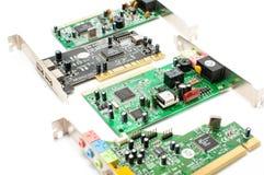 Computer correcte die kaart en USB-hub op wit wordt geïsoleerd Royalty-vrije Stock Afbeelding
