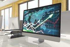 Computer met forex grafiek Stock Foto's